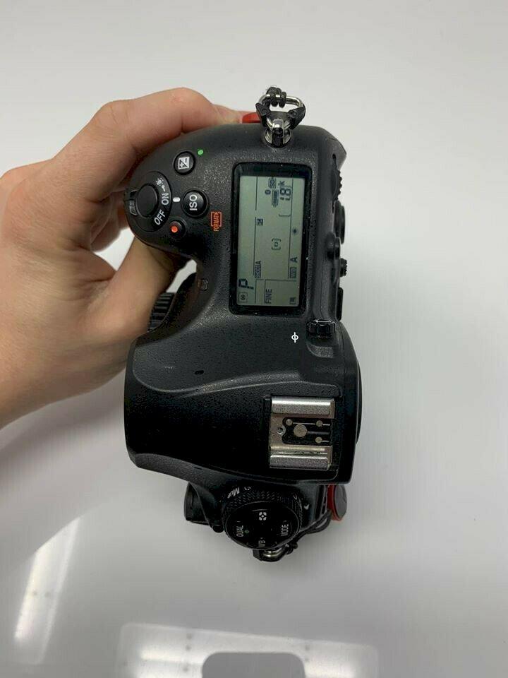 Appareil photo Nikon D850 en parfait état